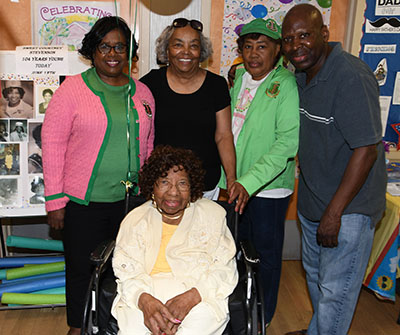 Courtney Stevenson (seated) with her AKA sisters Frances Rogers, Peggy Swygert, Cecelia Dunning and her nephew Seaton White.