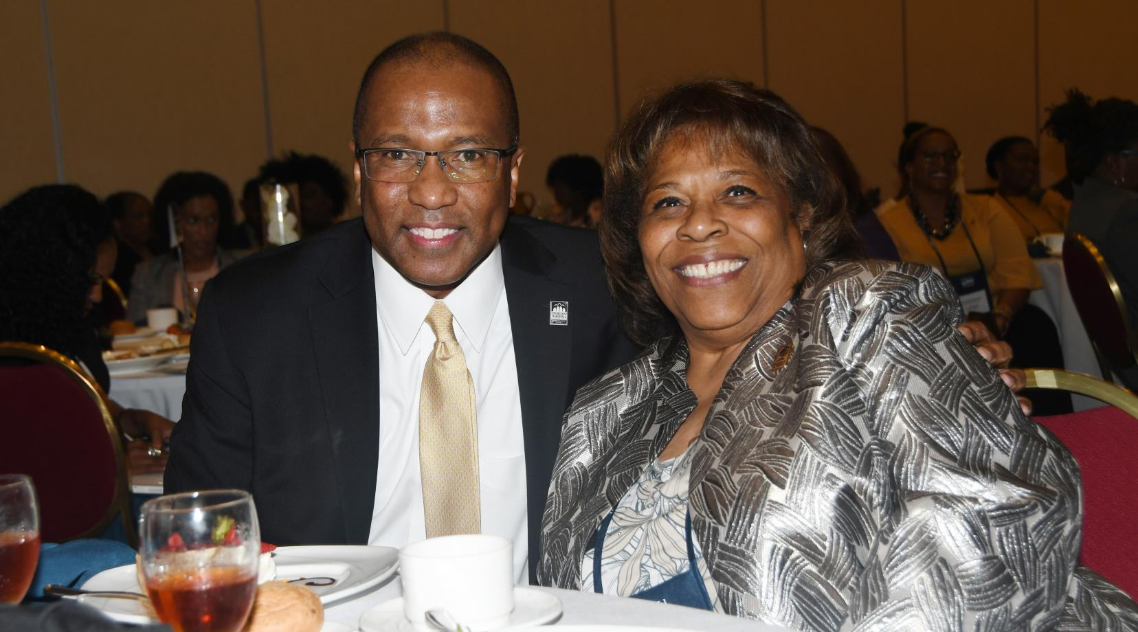 <p>Dr. Harry L. Williams is reunited with his successor current DSU President Wilma Mishoe at the HBCU Philanthropy Symposium. Dr. Williams -- president of DSU from 2010 to 2017 -- attended to give an address in his current capacity as the executive president and CEO of the Thurgood Marshall College Fund</p>