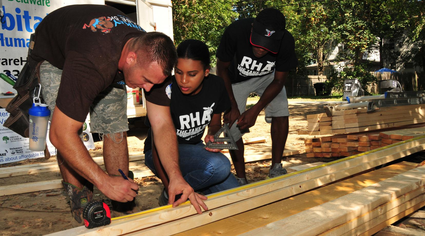 "<p>The photo of DSU Residential Housing Association students working with Habitat for Humanity in the fall 2016 shows the spirit ""Of Service"" that Dr. Tony Allen describes at DSU in this editorial.</p>"