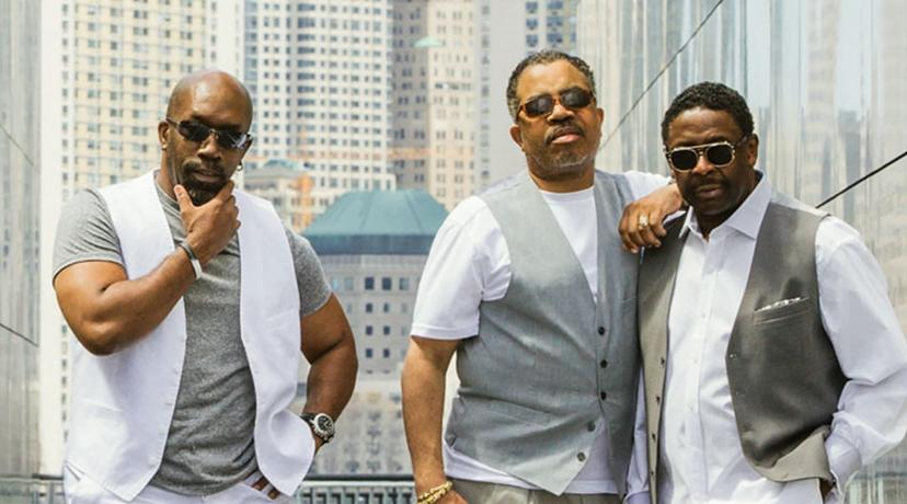 <p>The Manhattans featuring Gerald Alston</p>